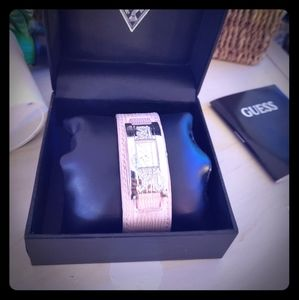 Guess Jewelry - Guess Watch women with box and garanties